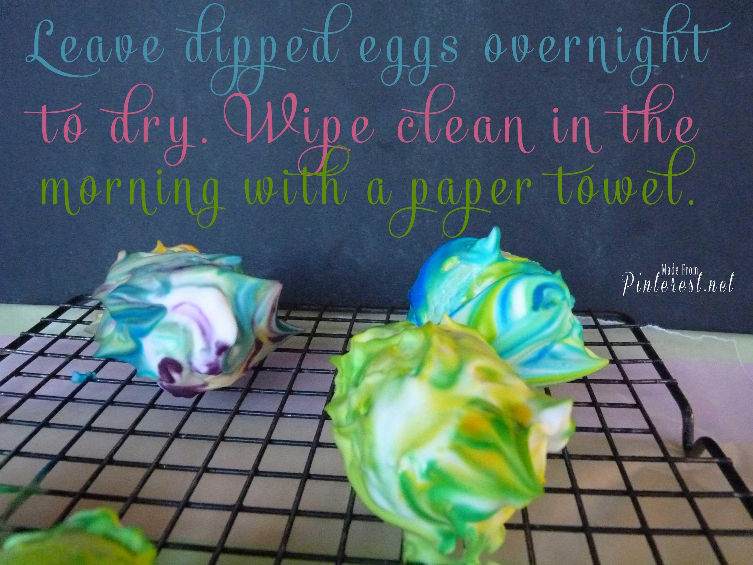 Shaving Cream Marbled Easter Eggs #Easter Eggs #Easter #Shaving Cream