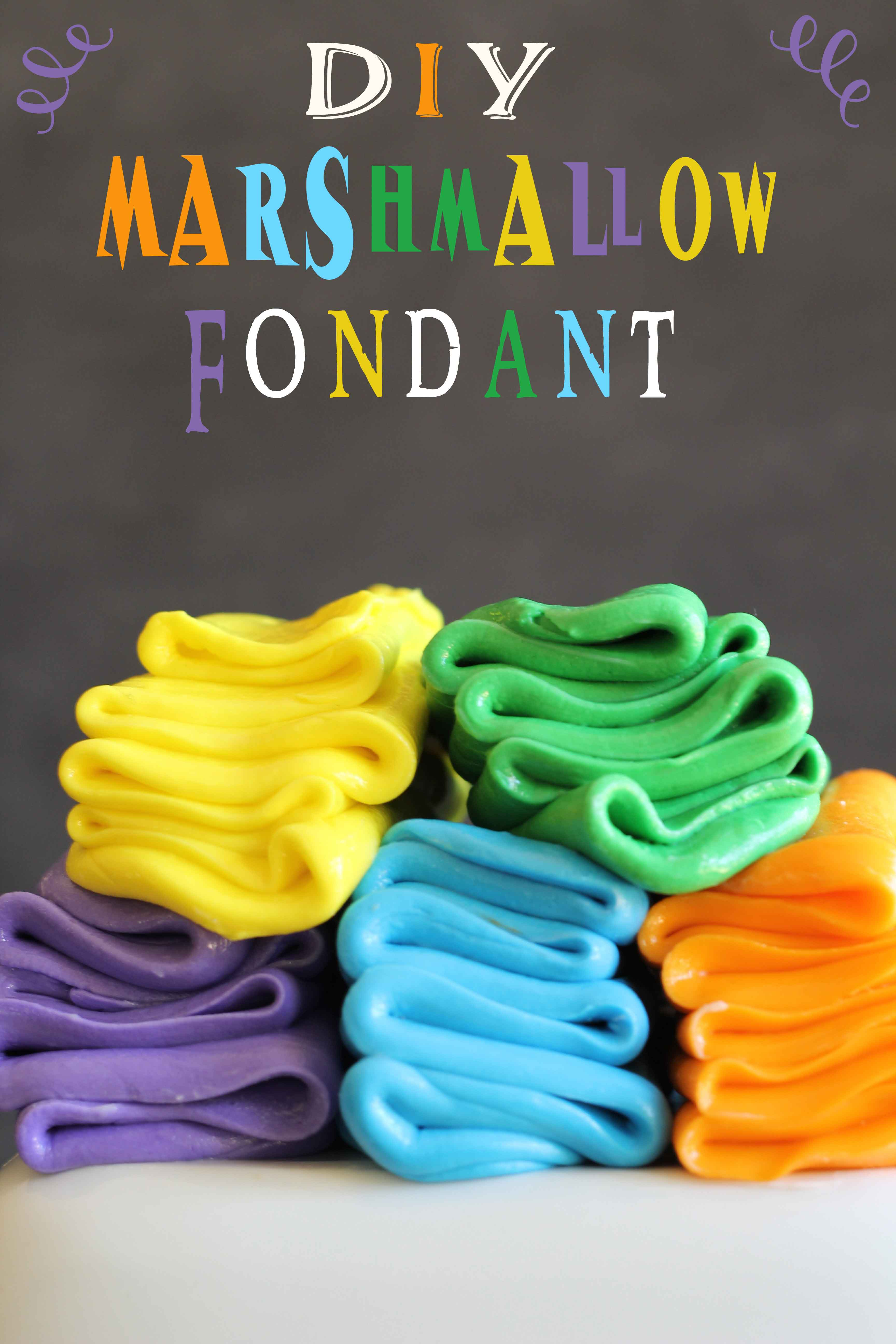 DIY Marshmallow Fondant {Guest Post