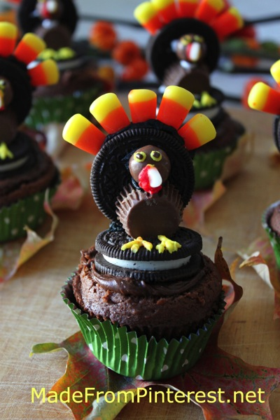 Oreo Turkey Cupcakes are perfect for bake sales and class parties