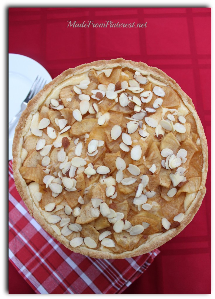 Bavarian Apple Torte |MadeFromPinterest.net|