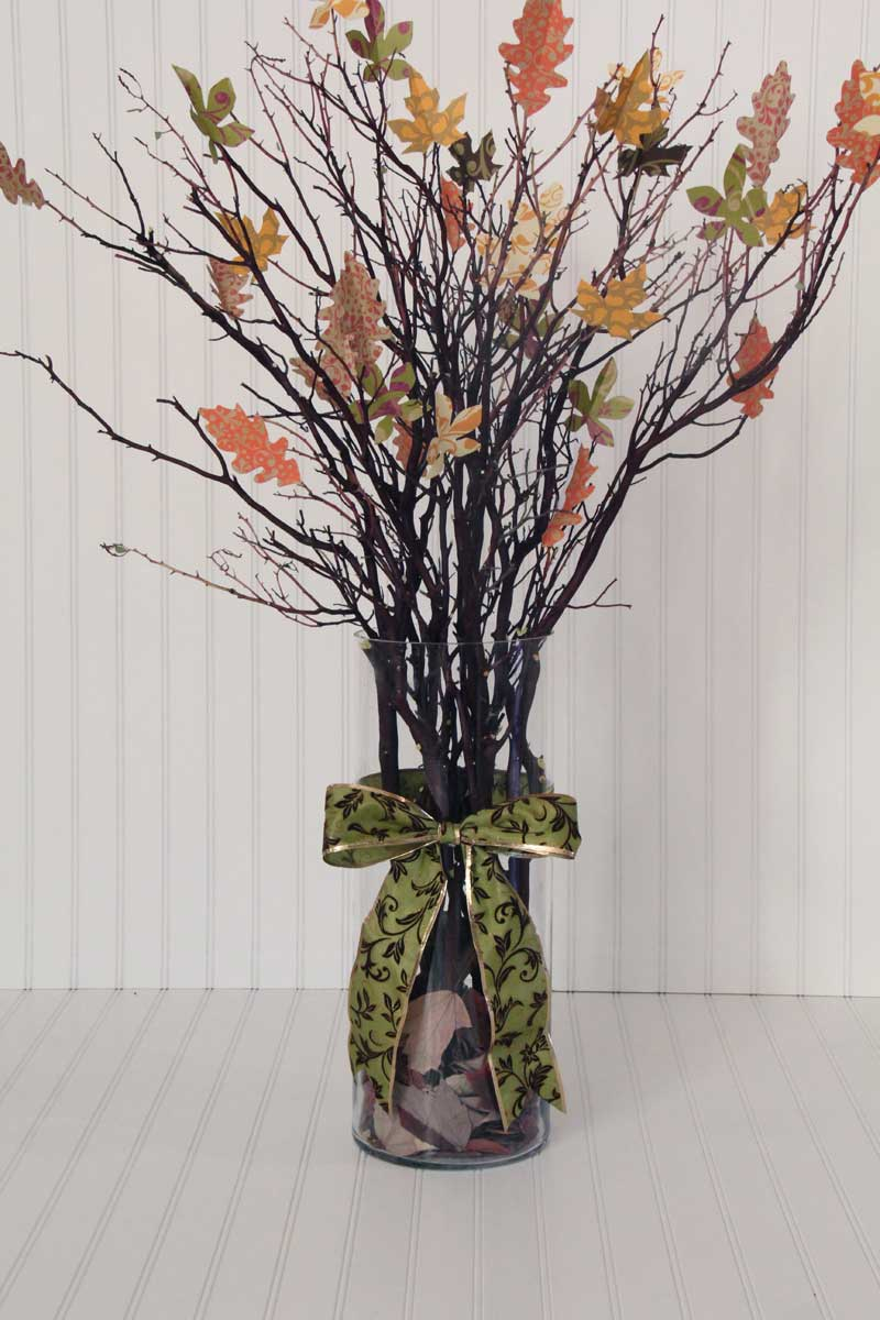 Make this beautiful Thankful Tree in under 2 hours! #DIY Holiday Craft #Holiday Craft #Holiday Decor
