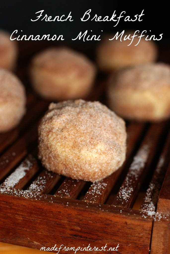 French Country Cinnamon Mini Muffins. Oui! Oui!