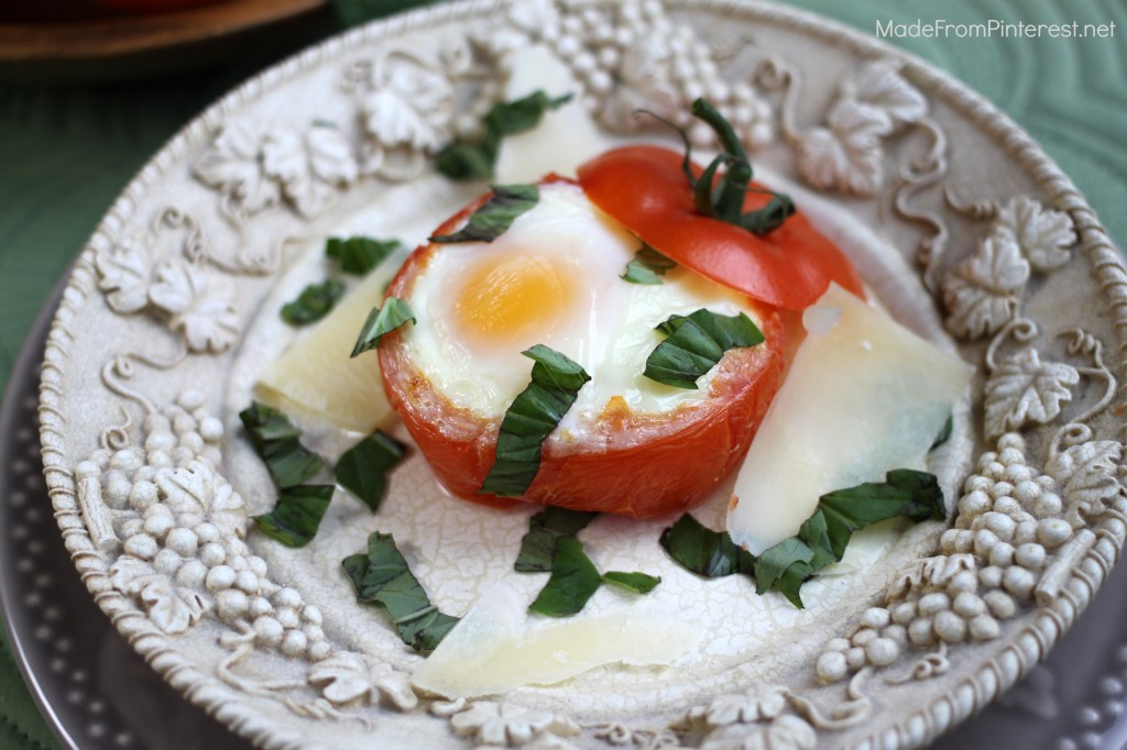If healthy always tasted this good, it wouldn't be hard to eat healthy. Baked Egg Tomato Cups