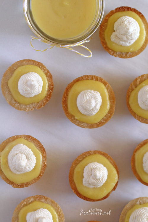 Lemon Curd Tarts - If you are a lover of lemon then you will LOVE these! #Recipe #Lemon #Lemon Curd #Curd