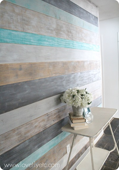 diy-weathered-plank-wall