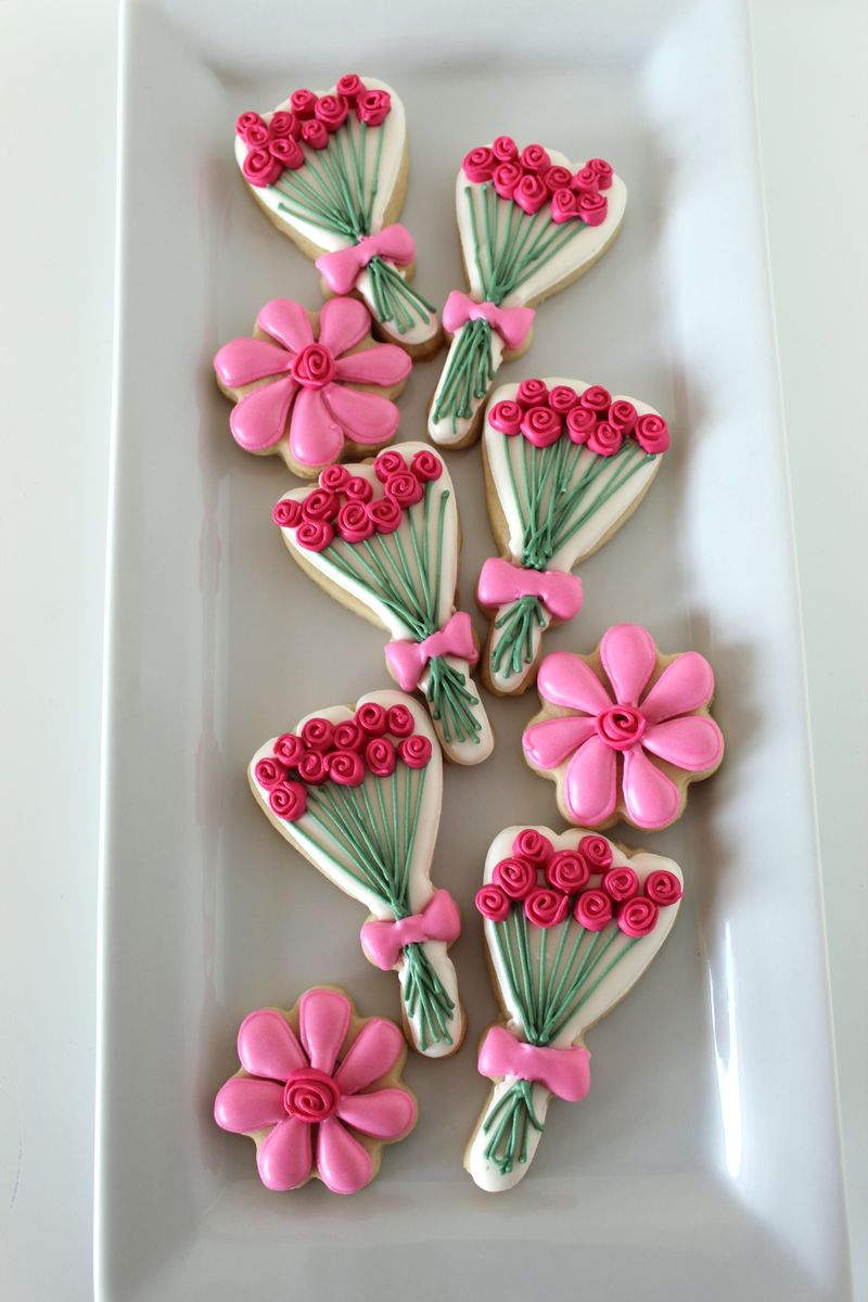 Floral-Decorated-Cookies