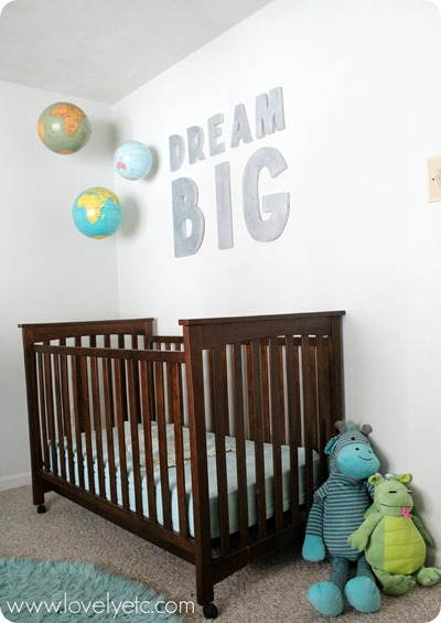 hanging-globes-over-crib_thumb