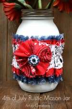 4th of July Rustic Mason Jar. What a darling centerpiece!