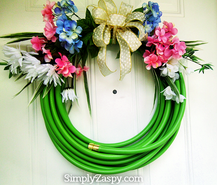 DIY-Water-Hose-Wreath
