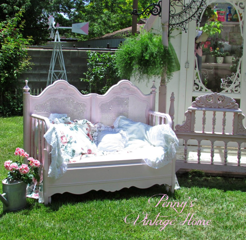 Antique Headboard Bench: Share It Thursday From Link Party #46