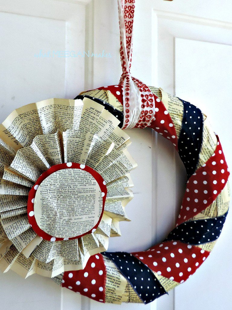 July-4-book-page-wreath