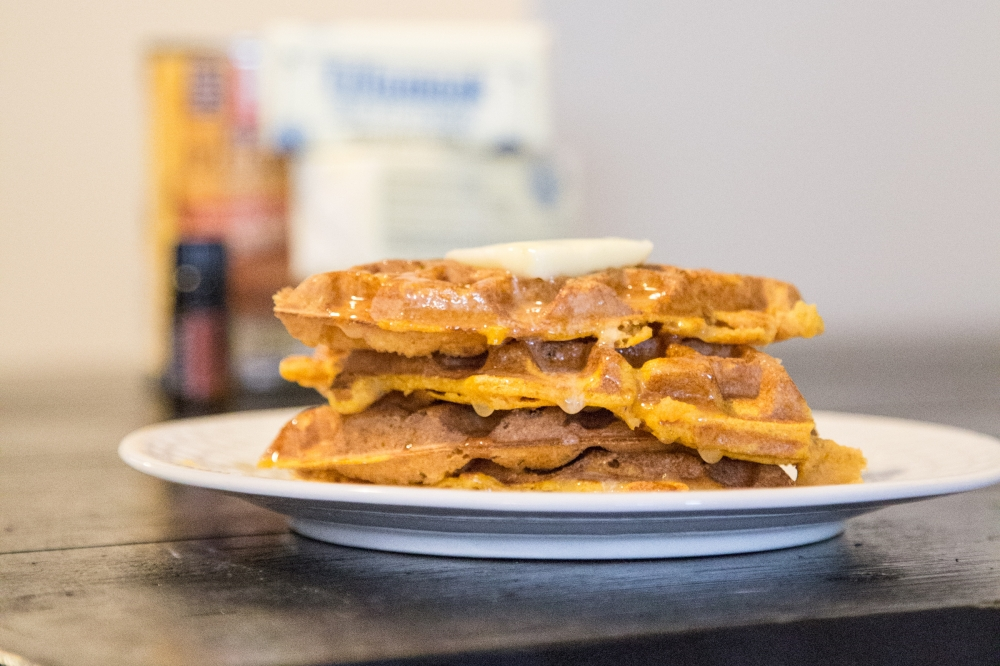 Pumpkin-Cinnamon-Waffles