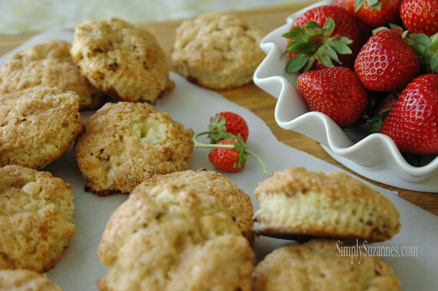 Strawberry-Scones