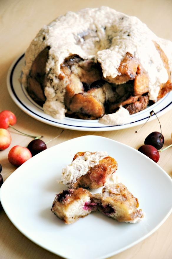 fresh-cherry-monkey-bread