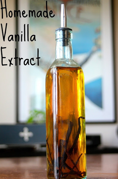 Homemade-Vanilla-Extract