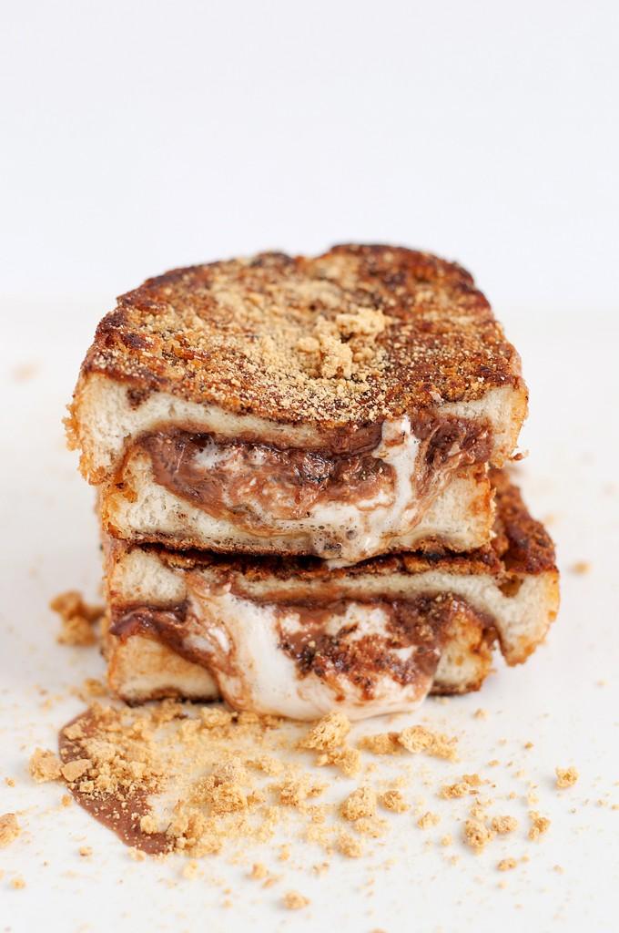 Smore-Stuffed-French-Toast
