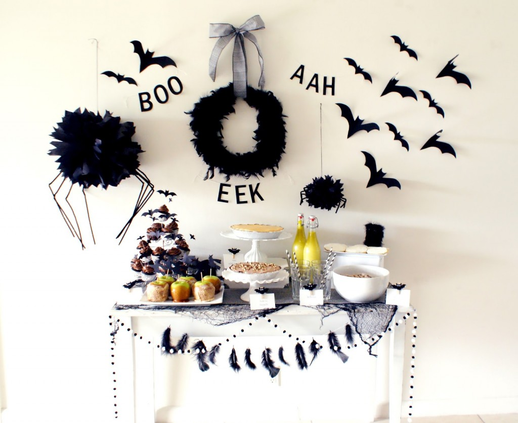 Black-White-Halloween-Decor