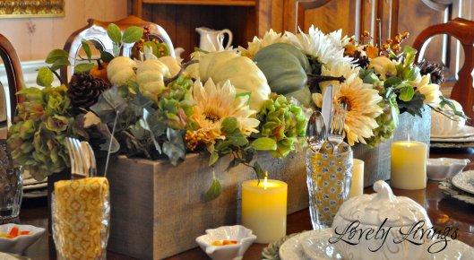 Fall-Flower-Box-Centerpiece