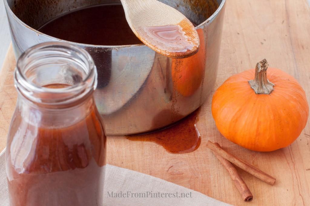 pumpkin-syrup-homemade