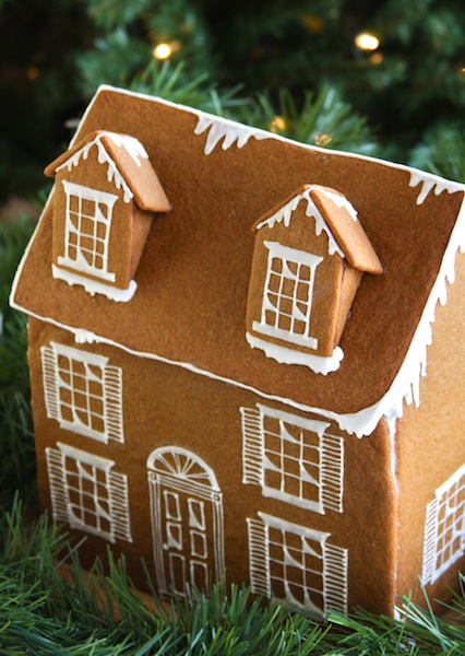 DIY-Gingerbread-House