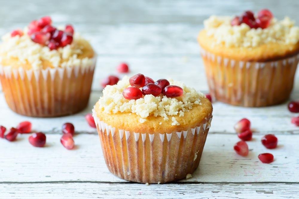 Orange-Pomegranate-Muffins