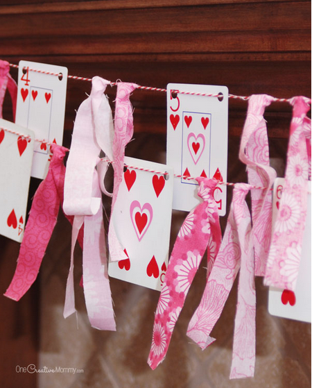 Valentines Banner - Give your mantle a fun romantic look with this adorable Valentine's Day Banner craft. This is such a fun DIY project for Valentine's Day!