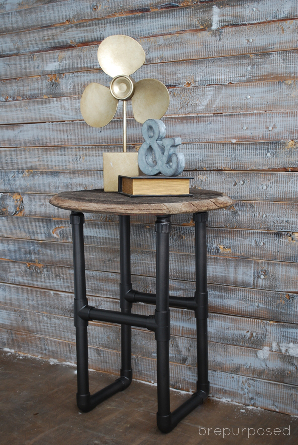 PVC-Pipe-Table-DIY