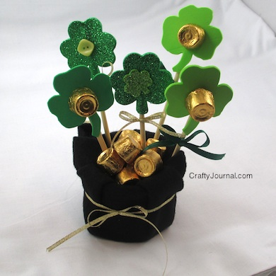 Pot-of-Gold-Shamrock-Bouquet