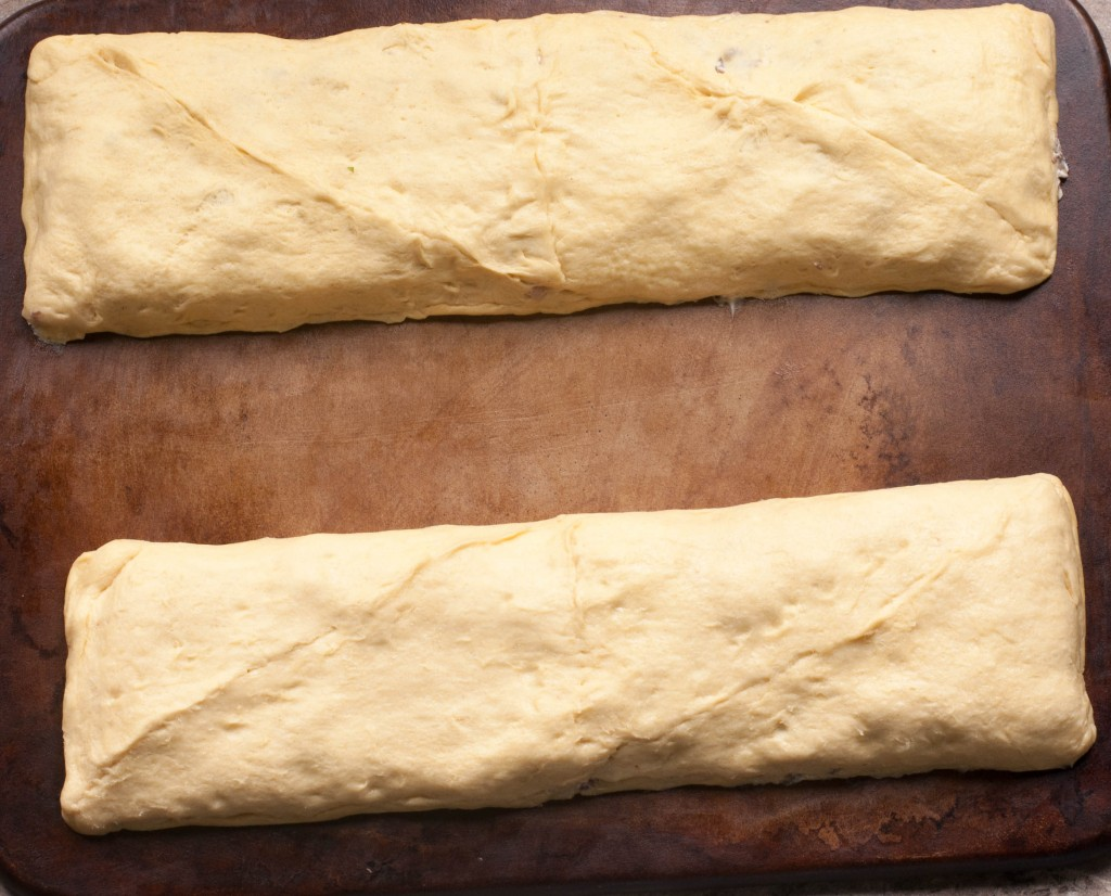 cream-cheese-and-sausage-breakfast-crescent-rolls
