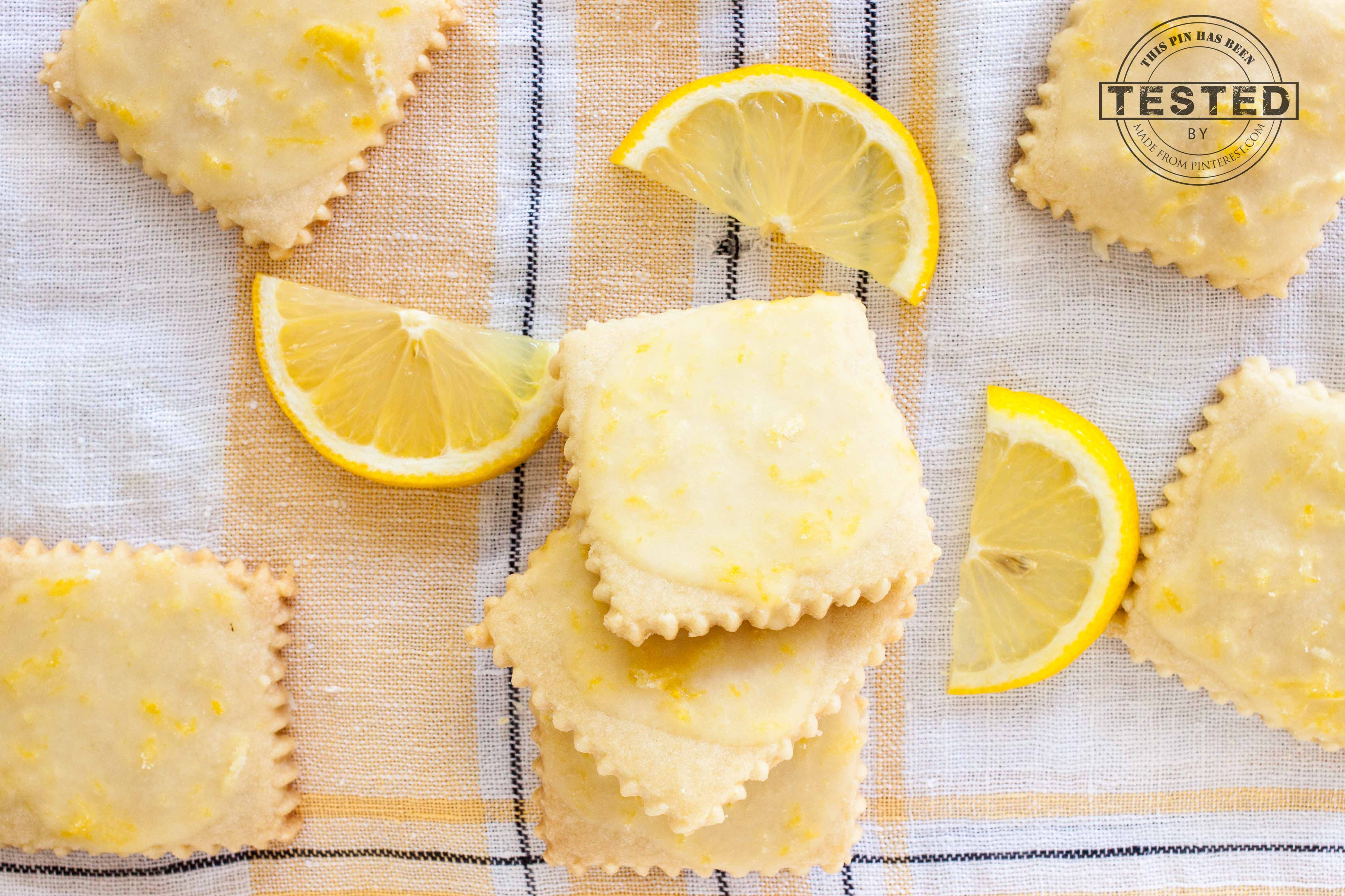 Lemon glazed shortbread cookies are seriously addicting. A buttery ...