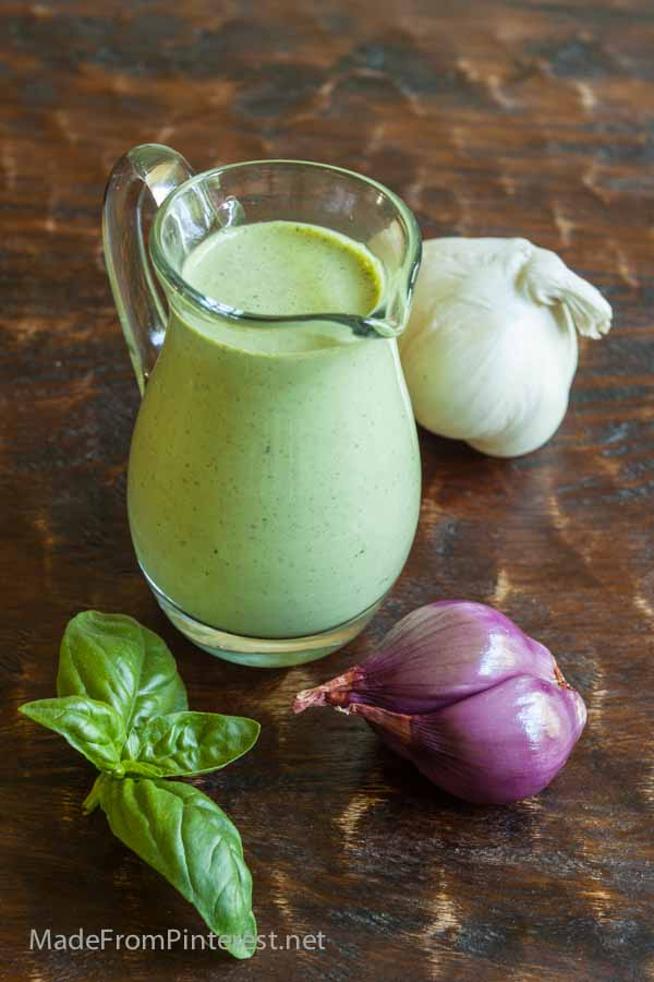 Creamy Basil Ranch Dressing