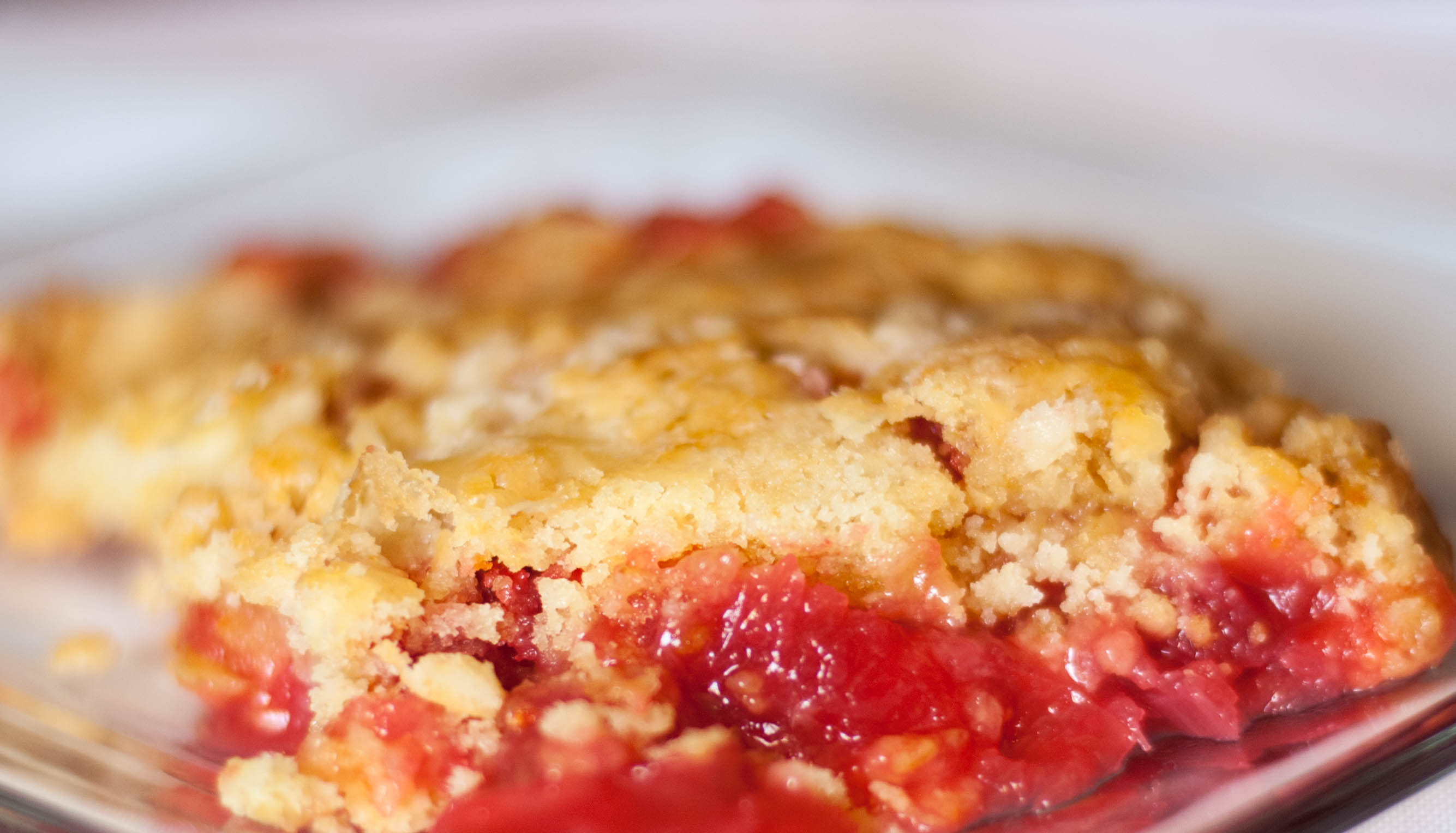 Rhubarb And Strawberry Cake Recipe