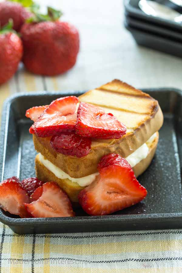 Grilled Strawberry Cheesecake Sandwich is like a whole new level of strawberry shortcake!