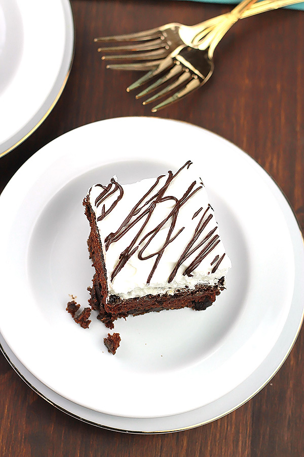 Chocolate Cake Coconut Flour Maple Syrup