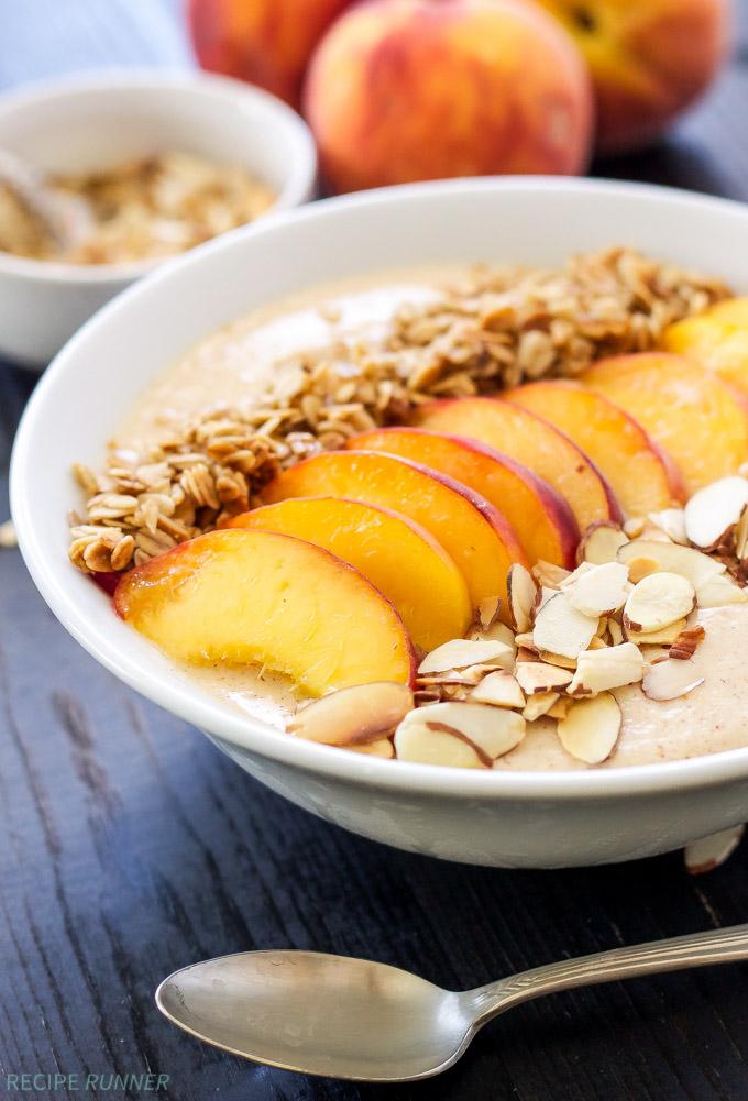 Peach-Pie-Smoothie-Bowl