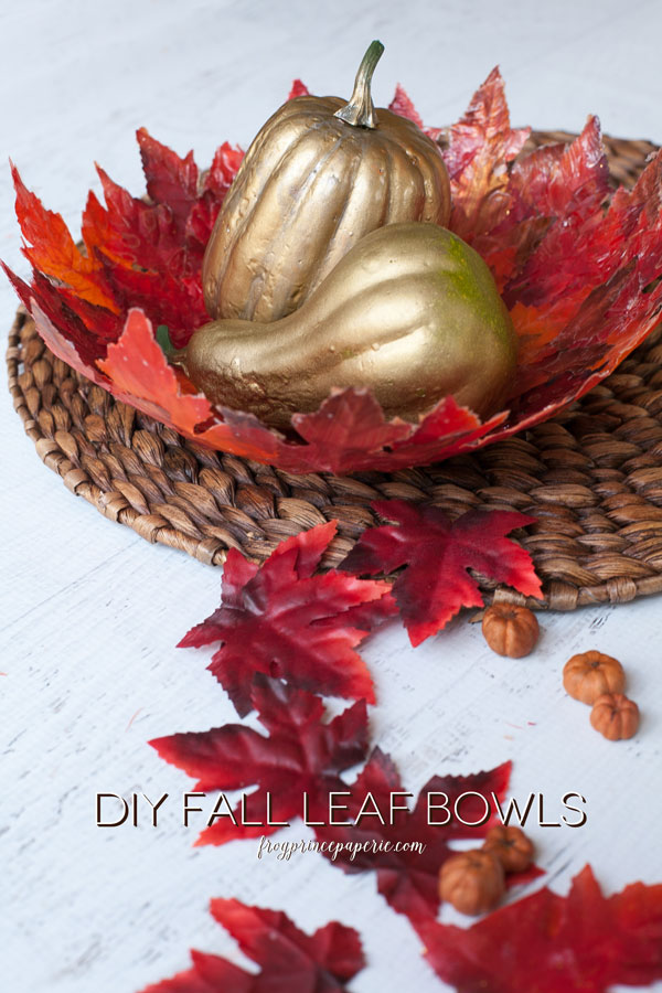 An beautiful fall leaf bowl to get you in the mood for autumn!