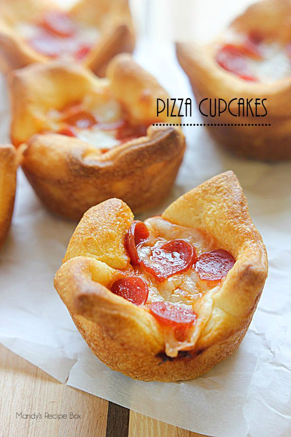 These delicious Pizza Cupcakes are quick and easy!