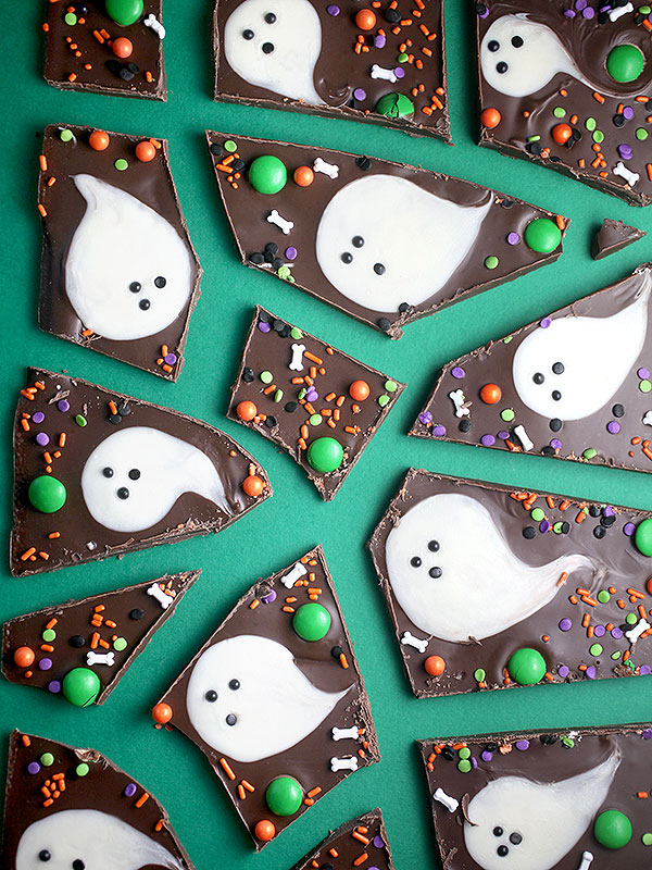 These little ghosts add some fun into traditional bark!