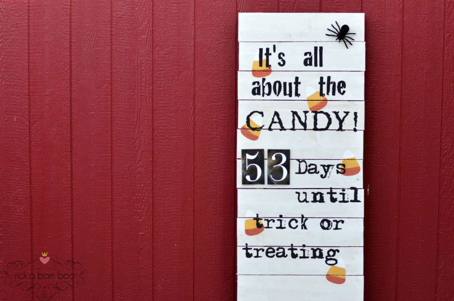 Count down to the most important part of Halloween, the candy, with this adorable DIY pallet inspired sign.