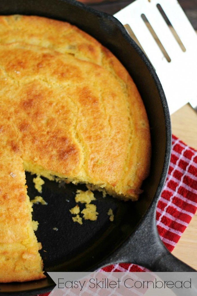 Skillet Cornbread Recipe, mouth watering and perfect for a Southern meal