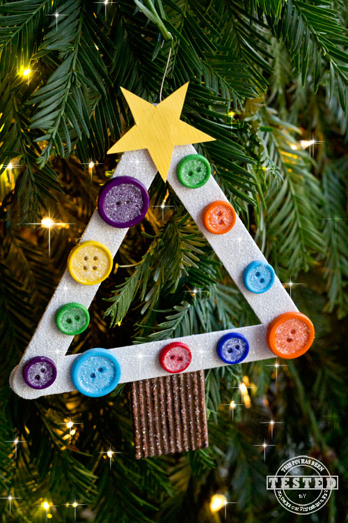 These are darling ornaments that your kids can make and give as gifts. I still have mine that my grandson made for me. This is a great activity for when the kids are home from school for the holidays.