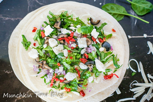 Healthy Greek Quesadilla Recipe by Munchkintime-- - www.munchkintime.com #quesadillarecipe #healthyrecipe