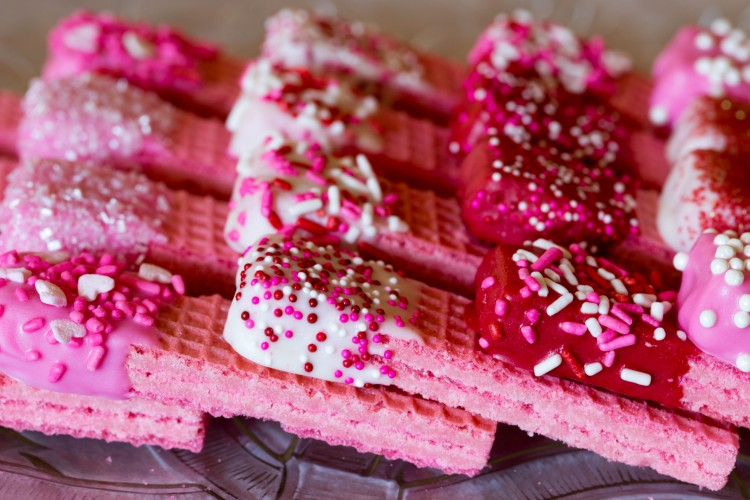This recipe is a super quick way to turn regular sugar wafers into a special Valentine's Day treat!