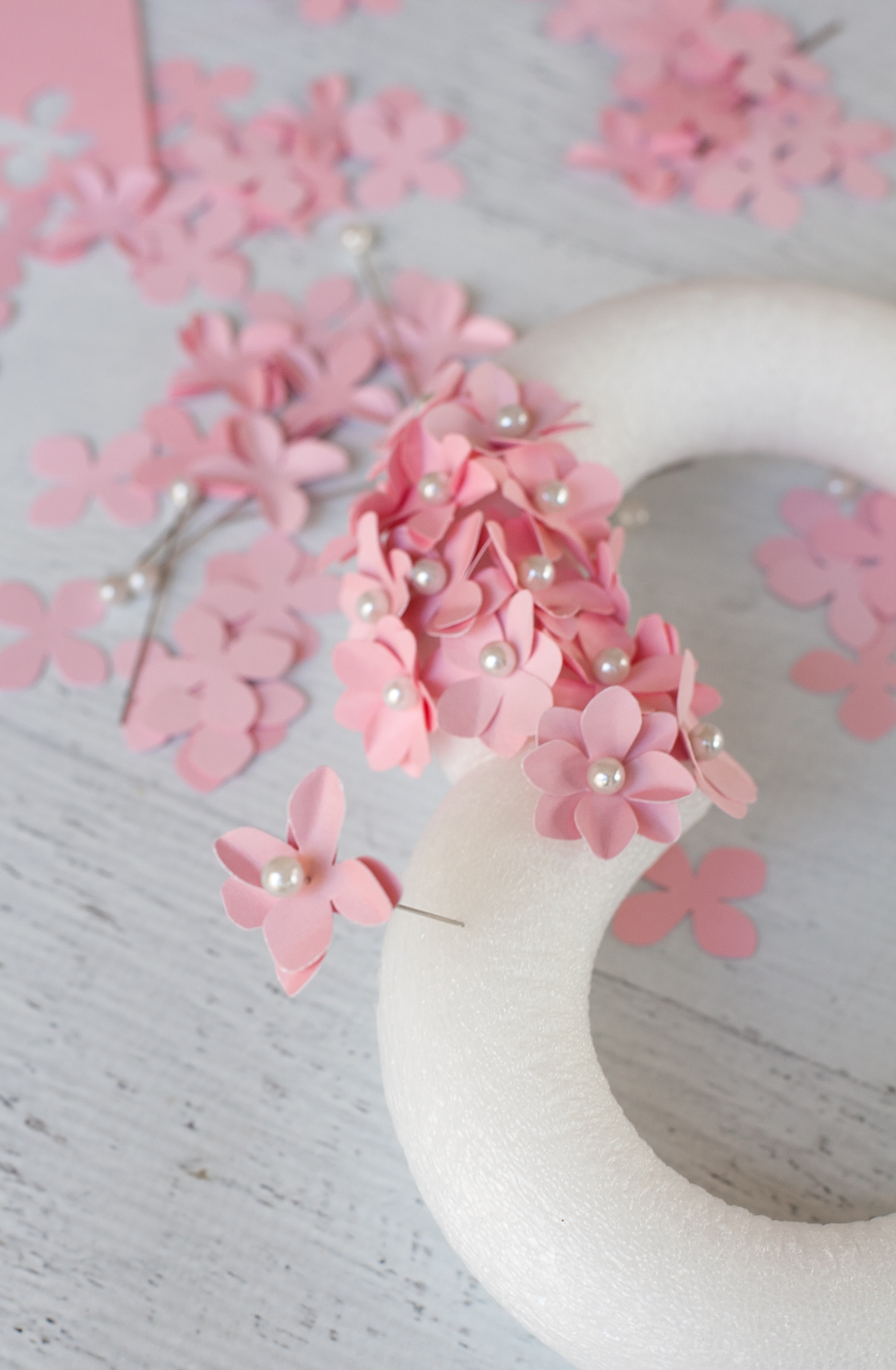 Valentine Heart Wreath with Paper Flowers-3