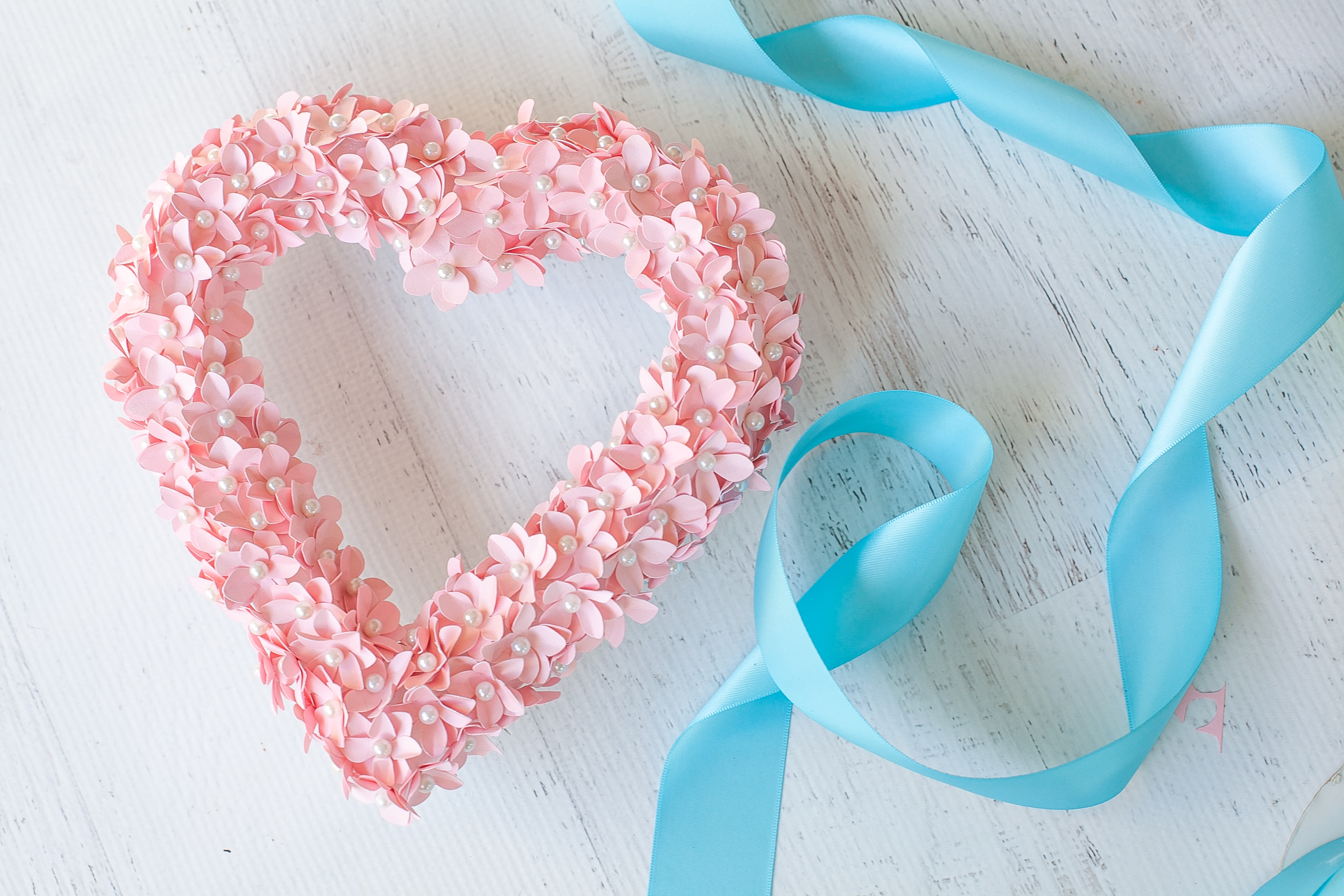 Valentine Heart Wreath with Paper Flowers-5