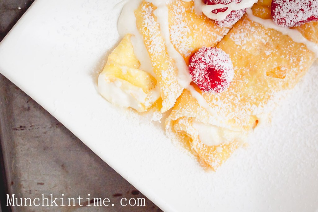 Mouthwatering-Crepes-with-White-Cream-15