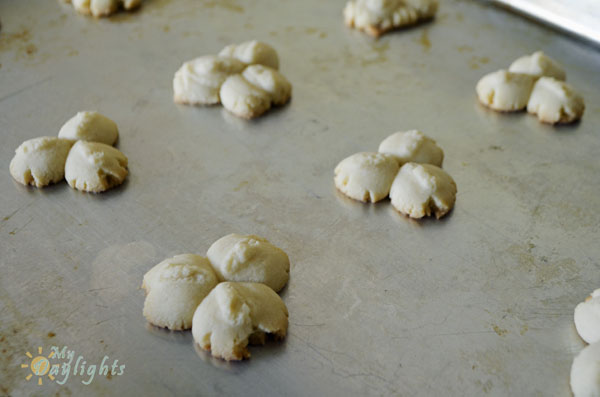 Shamrock Spritz Cookies 1