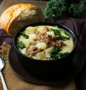 Slow Cooker Zuppa Toscana (1)-crop