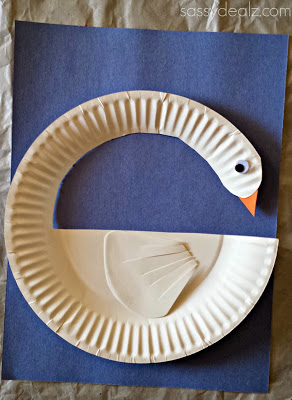 swan-paper-plate-craft & 100 Paper Plate Crafts for Kids - TGIF - This Grandma is Fun