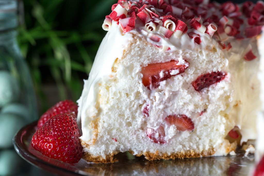 Strawberry Angelfood Cake With Cream Cheese Frosting